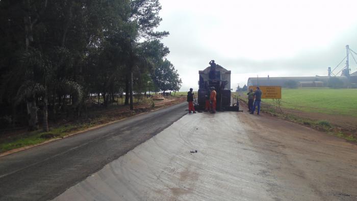 Coesul finaliza obra no acesso asfaltico
