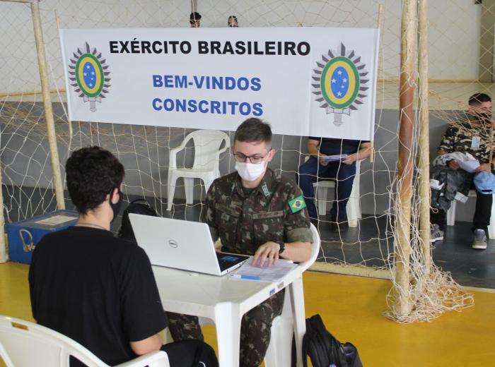 Exército realiza exames para seleção de jovens alistados em Boa Vista do Cadeado