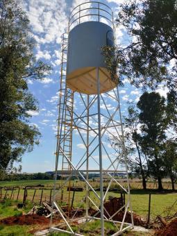Prefeitura entrega reservatório de água na comunidade de Ponte Queimada